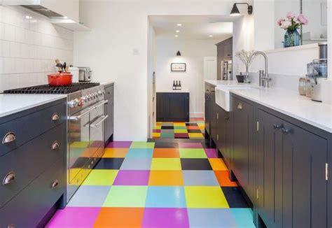 carelage cuisine la cuisine au carrelage le plus coloré au monde