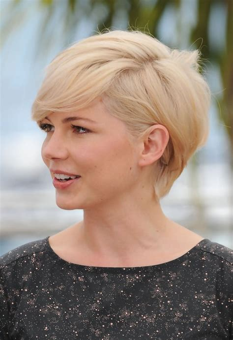 side view  michelle williams cute short side parted