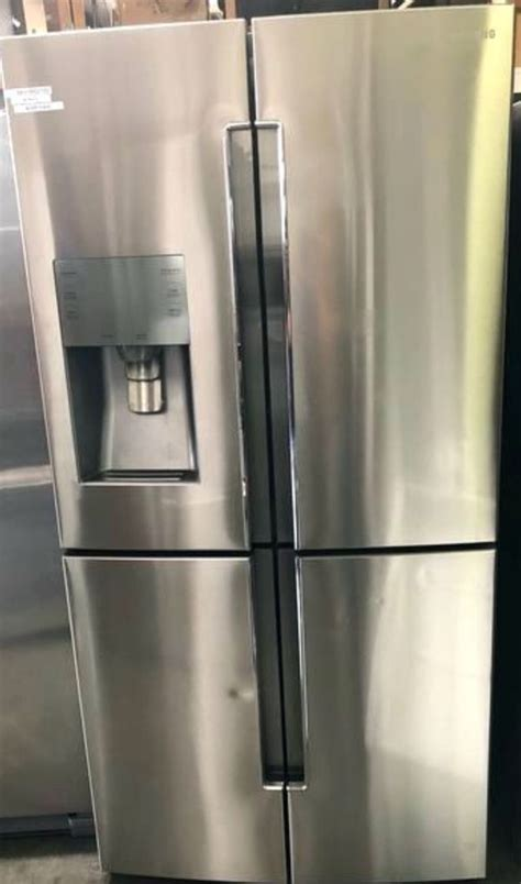 When it comes to coffee creamer, a little bit goes a long way. Samsung flex amsung 4-Door Flex 28.1-cu ft French Door Refrigerator with Ice Maker (Fingerprint ...