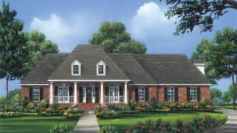 one story colonial house plans colonial house plans and colonial designs at builderhouseplans