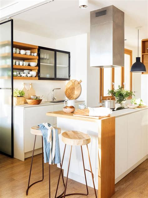 cocina  mobiliario de roble vitroceramica campana