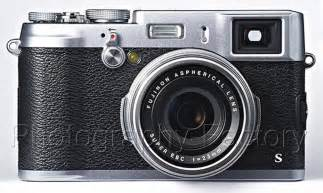 Fujifilm X100S Digital Camera, Silver {16.3 M/P} - With Battery and