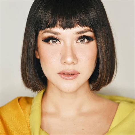 hairstyle rambut pendek wanita fade haircut