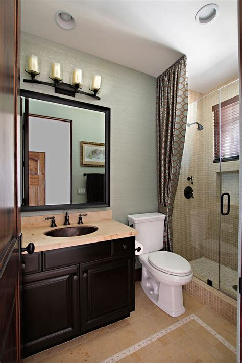 Guest Bathroom Design by Best 25 Small Guest Bathrooms Ideas On Small