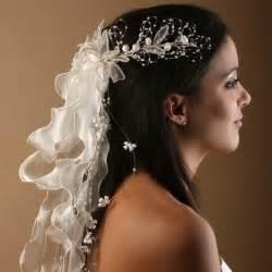 accessoire coiffure mariage coiffe de mariée 241 coiffure de mariée longue accessoires de mariage eclats de cristal