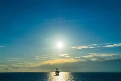 Horizon Sea Ship Resolution Background 4k Nature