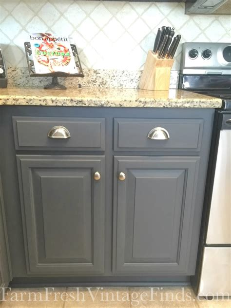 what finish paint for kitchen cabinets painting kitchen cabinets with general finishes milk paint 9634