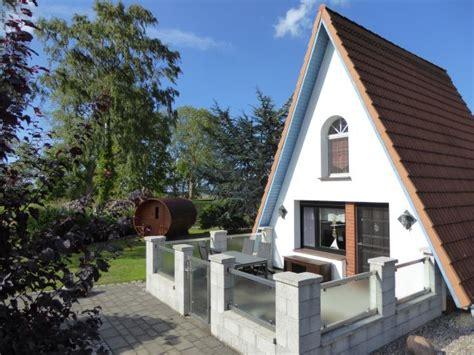Garten Kaufen Zingst by Idyllisches Finnhaus Mit Au 223 Ensauna Und Sch 246 Nem Garten
