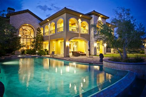 Modern Luxury Mansions