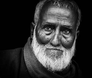 47 Beautiful Black and White Portraits
