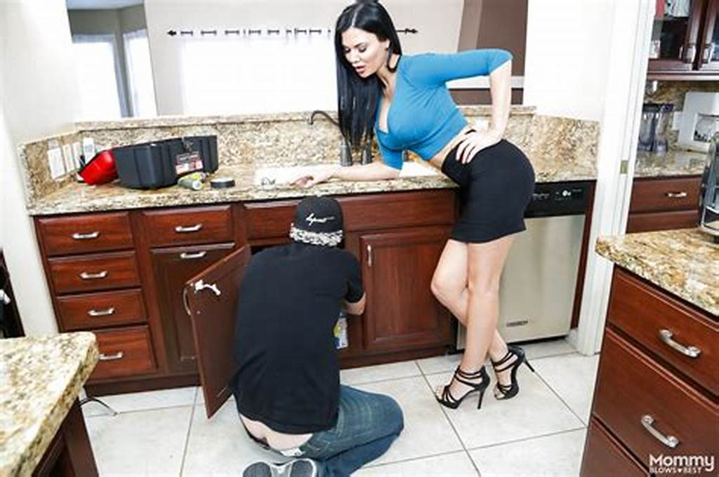 #Hot #Mom #Jasmine #Jae #In #Heels #& #Short #Skirt #Gives #Kitchen
