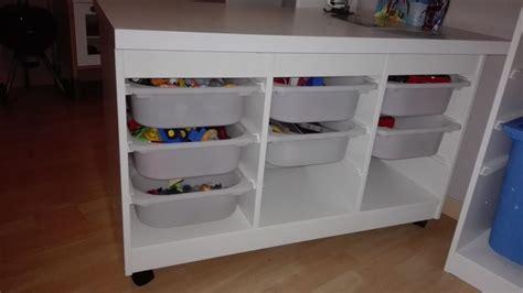 Une Table De Jeu Pour Playmobil