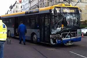 Bus Nach Leipzig : vier verletzte personen bei unfall mit bus in leipzig gohlis leipzig seiten ~ Orissabook.com Haus und Dekorationen