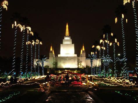 the lindsay chronicles oakland temple christmas lights