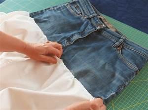 Was Kann Man Aus Einer Alten Jeans Machen : auch wenn die jeans schon sehr kaputt ist kann man noch was daraus machen f r den rock braucht ~ Frokenaadalensverden.com Haus und Dekorationen