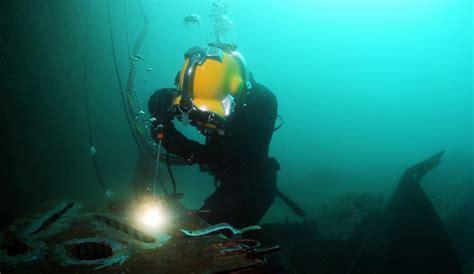 The Antithesis of Underwater Welding: Underwater Burning