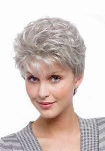 Coupe Courte Femme Cheveux Gris : 10 coupes de cheveux courtes pixie pour les cheveux gris ~ Melissatoandfro.com Idées de Décoration