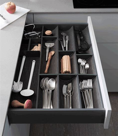 separateur tiroir cuisine tiroirs aménagés duplex et aménagement muraux mobalpa