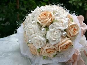 Welche Blumen Blühen Im Oktober : welche blumen f r den brautstrau ~ Bigdaddyawards.com Haus und Dekorationen
