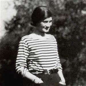 Coco Chanel Bilder : coco chanel bio facts family famous birthdays ~ Cokemachineaccidents.com Haus und Dekorationen