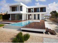 Modern Houses With Pool Contemporary House Plans With Outdoor Pool Small Contemporary House