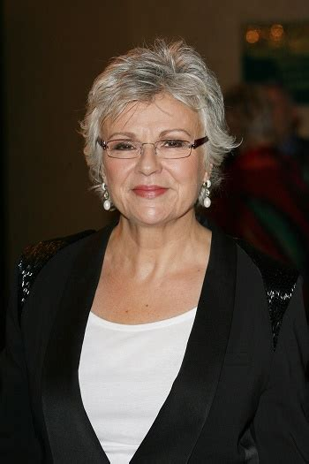 hairstyles julie walters short gray layered hairstyle