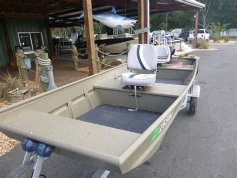Enclosed Jon Boat by 2014 Alumacraft Jon Boat 1436 Gulf To Lake Marine And