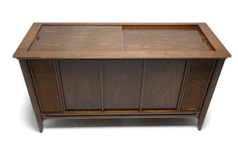 magnavox record player cabinet value mid century modern magnavox astrosonic vintage stereo