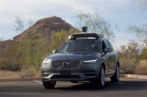 flipboard uber nears investment deal for self driving car