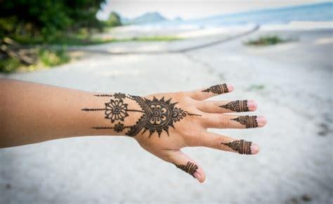 tatouage poignet et henn 233 40 id 233 es femmes et hommes
