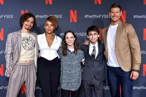 Pictures of the Umbrella Academy Cast Hanging Out ...