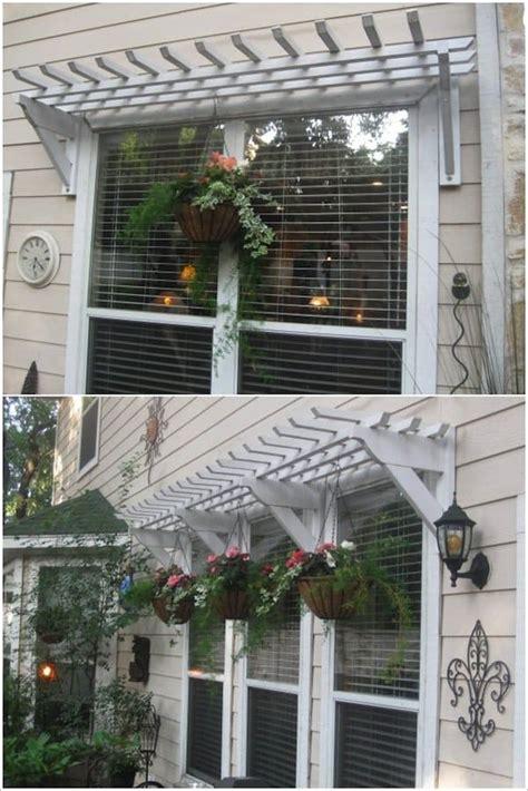 beautiful ways  decorate     windows