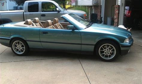 Sell Used 1994 Bmw 325i Base Convertible 2door 25l In