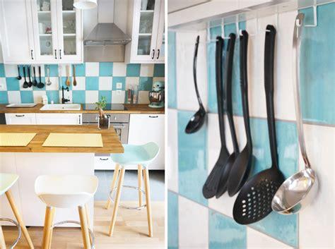 cuisine blanche et bleue notre cuisine blanche et bleue turquoise louise