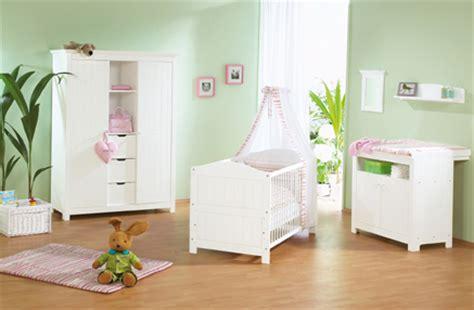 idee deco chambre mixte idée décoration chambre bébé mixte