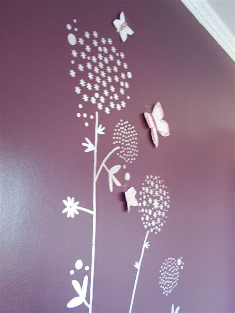 stickers papillon chambre bebe deco chambre bebe fille papillon galerie et beau