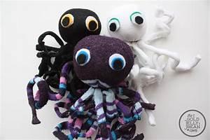 10 Simple Sock Crafts For Kids  U2013 Sheknows