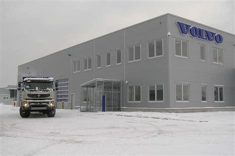 volvo truck service center new volvo trucks center opens in slovakia autoevolution