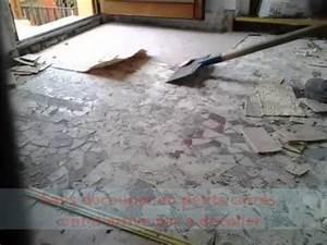 Enlever Carrelage Sur Placo : comment d coller du revetement de sol youtube ~ Dailycaller-alerts.com Idées de Décoration