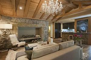 Moderne Holzdecken Beispiele : wandpaneele steinoptik stellen eine schicke m glichkeit zur wandverkleidung dar ~ Markanthonyermac.com Haus und Dekorationen