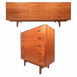 Mid century modern danish teak bedroom set for sale at 1stdibs for Danish teak bedroom furniture