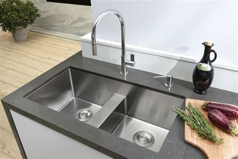 undermount kitchen sinks canada kitchen sinks bosco 6594