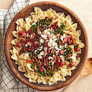 Arugula and Dried Tomato Pasta | Recipes