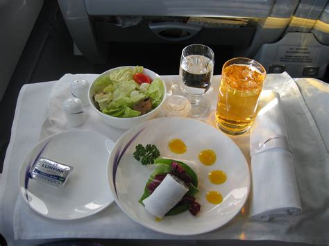 description cuisine file china airlines dynasty class food jpg