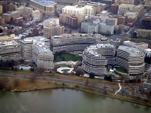 File:WatergateFromAir.JPG - Wikipedia