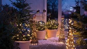 Decoration De Noel Exterieur Lumineuse : deco noel ext rieur idees deco pour jardin et terrasse c t maison ~ Preciouscoupons.com Idées de Décoration