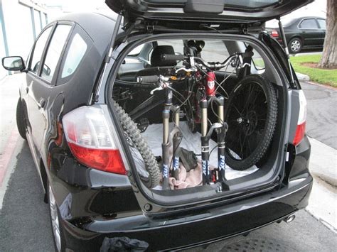 I saw that site before but they have trailer hitch locks and trunk type. Honda Fit- Mtbr.com