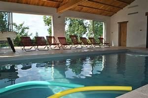 gite 11 personnes avec piscine couverte chauffee dans le With location vacances avec piscine couverte