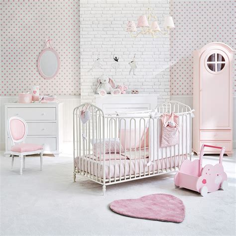 frise chambre fille trendy idee deco chambre bebe jaune et gris pour la