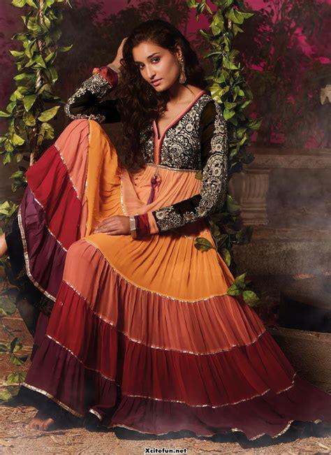 indian embroidery traditional salwar kameez  frocks
